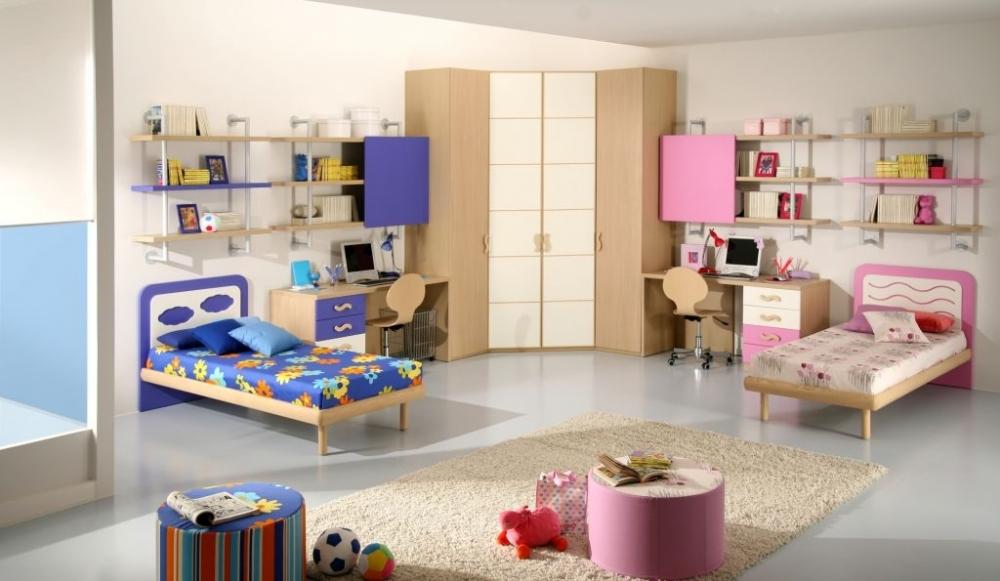 Интерьер комнаты родителей и ребенка