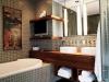 creative-storage-in-bathroom-shelves3