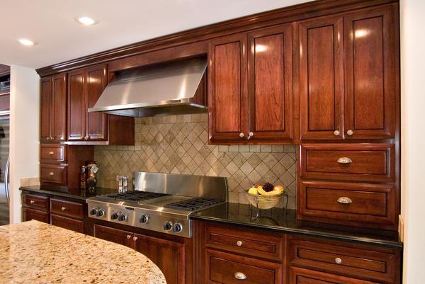 ленейный вариант маленькой кухни