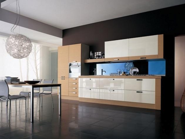 Минимализм кухни в частном доме