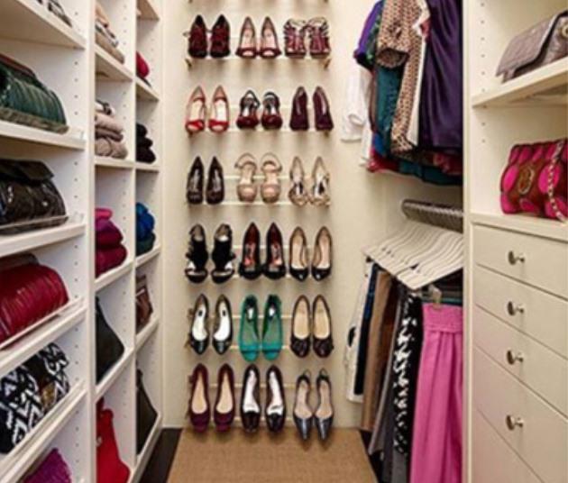 Вариант полок для хранения обуви