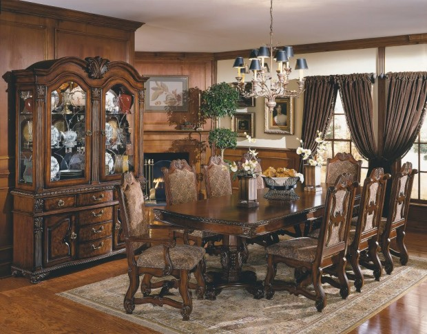 retro-neo-renaissance-dining-room