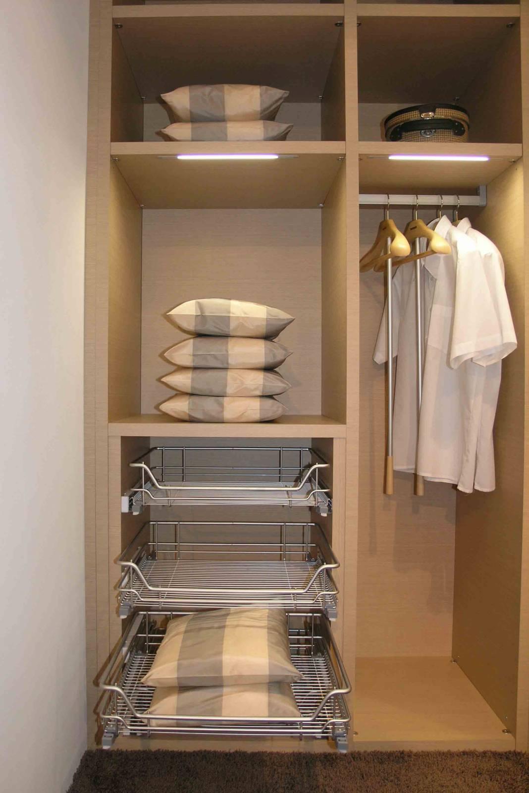 Как сделать гардеробную: планировка и наполнение 89