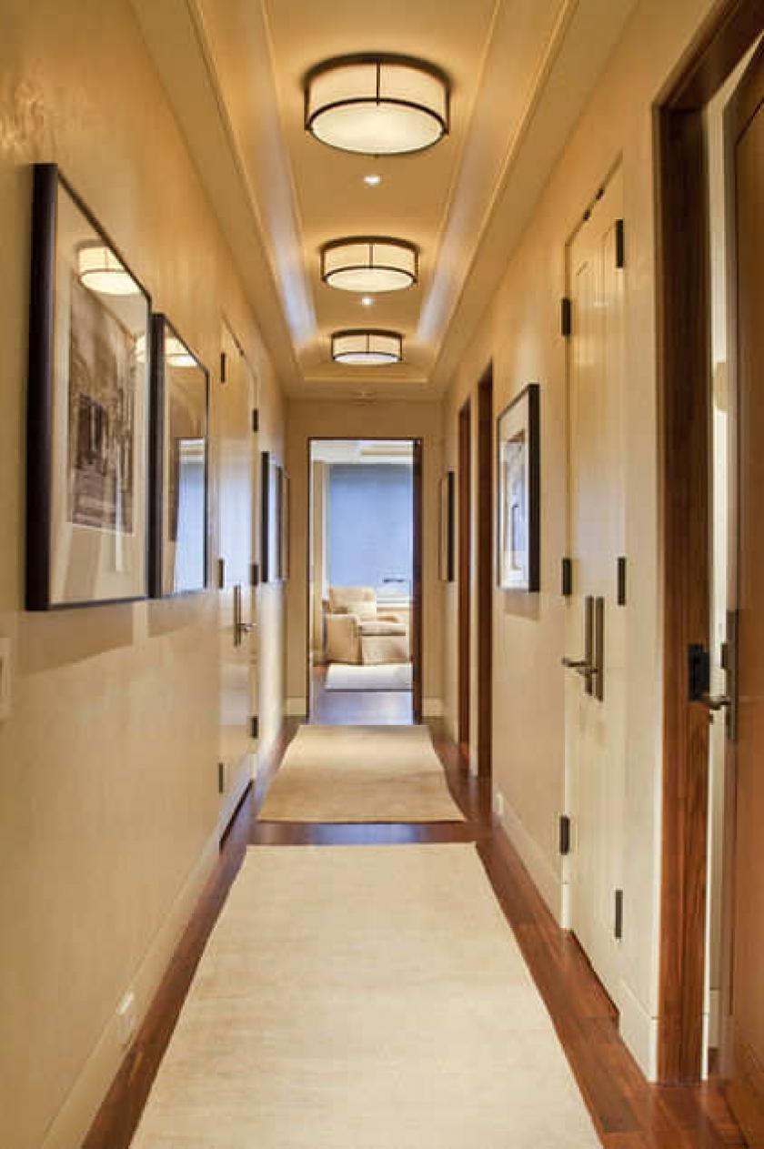 Дизайн узкого длинного коридора в квартире в панельном доме
