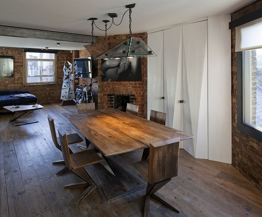 Beautiful-and-industrial-lighting-adds-to-the-appeal-of-the-brick-wall-apartment