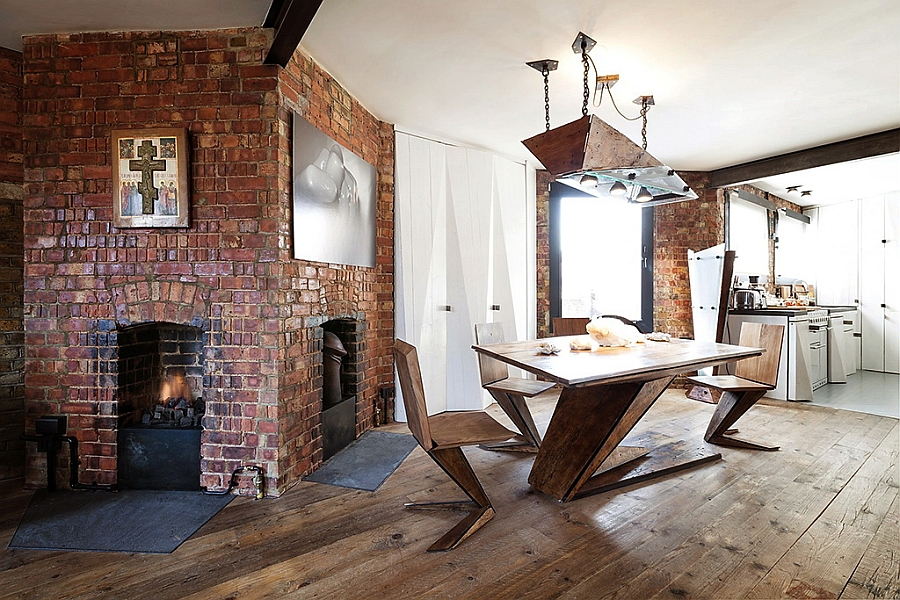 Gorgeous-minimal-dining-table-fits-in-with-the-overall-appeal-of-the-London-apartment