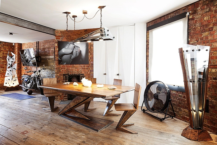 Trendy-modern-decor-coupled-with-a-classic-backdrop-to-create-an-eclectic-look
