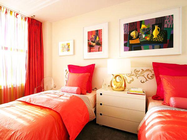 Красочное постельное белье для женской комнаты