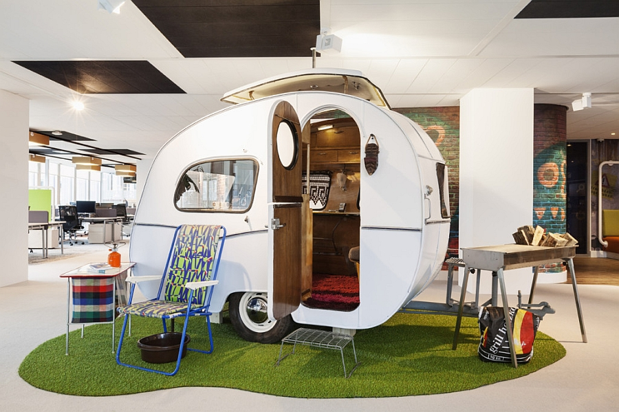 60s-Caravan-styled-hangout-and-lounge-chairs-inside-Google-Amsterdam