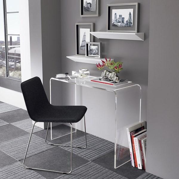 Clear-console-desk