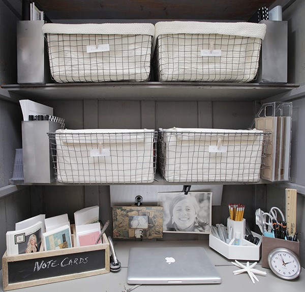 Organized-home-office-nook