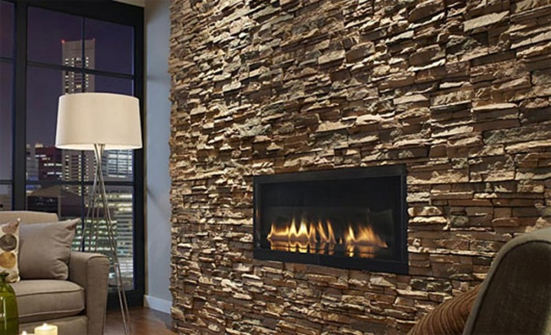 interior-stone-wall-fireplace-800x486