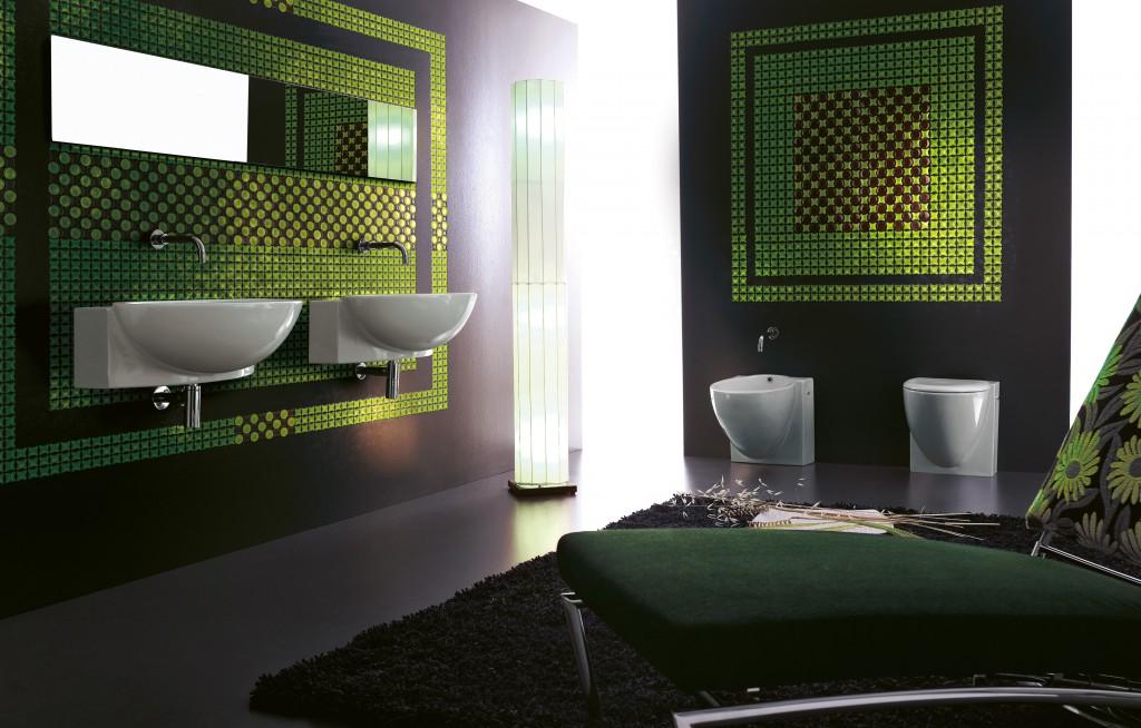 Сочетание мозаики разных цветов позволит достичь неповторимого эффекта