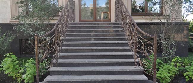 Изделия из гранита: лестница из гранита, 48 фото