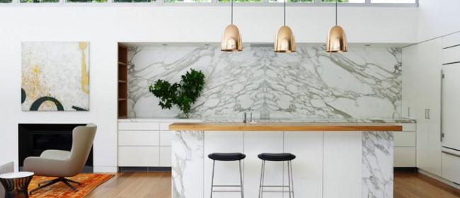 10 красивых комнат с мраморными стенами