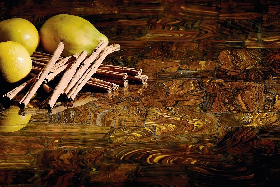 Красивый камень коричневого цвета, созданный компанией по технологии Зеробэкт. Идеальное решение для поверхностей кухонных столов, рабочих столов, стен, панелей. Камень не требует специального ухода, легко очищается, безопасен и абсолютно безвреден для организма человека. А уникальные функции позволят вам избавиться от бактерий, микробов и вирусов в кухне без применения вредных химикатов.