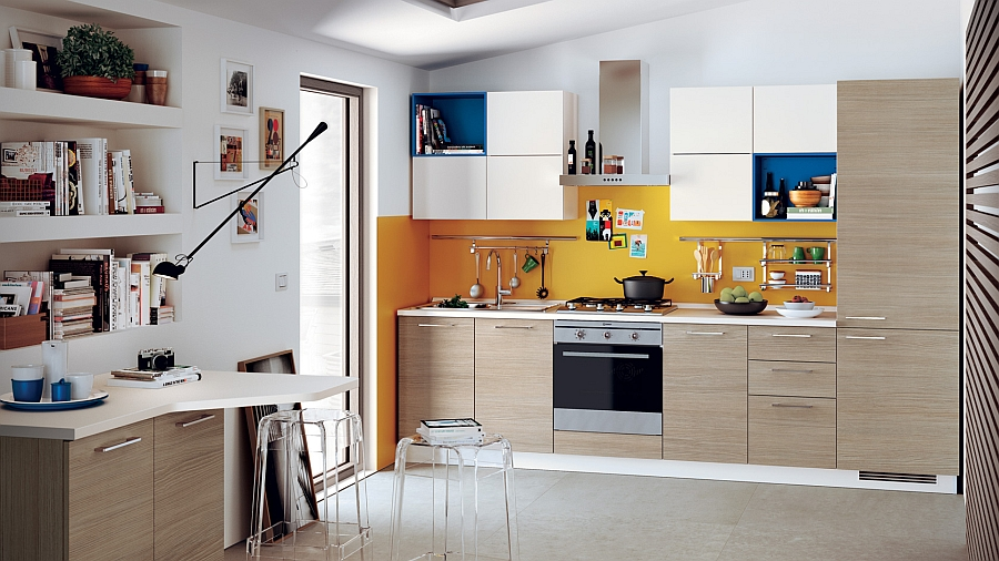 Модель этой кухни из серии «Колония» очень напоминает предыдущую, только с небольшими изменениями.