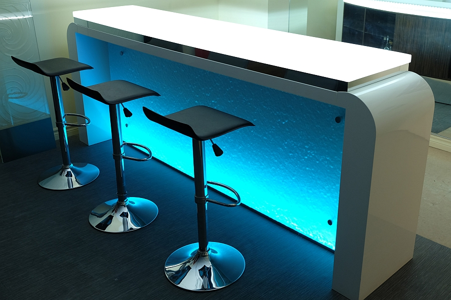 RGB-lights-bring-unique-style-to-your-kitchen-and-home-bar