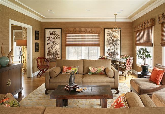 Стильная гостиная в азиатском стиле с природными обоями.