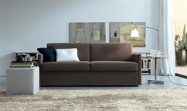 Маленький уютный диван из коллекции «Луис и Гордон».