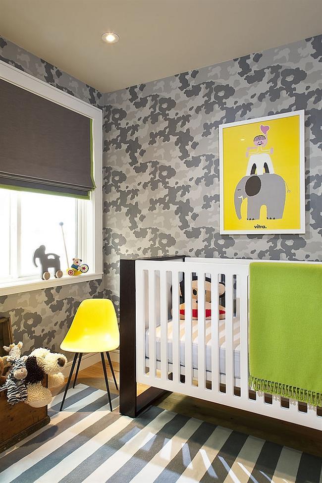 Стильная детская комната в серо-белых тонах.