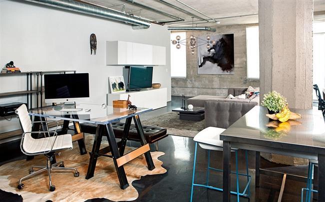 Стильный кабинет в индустриальном стиле на 1 этаже особняка.