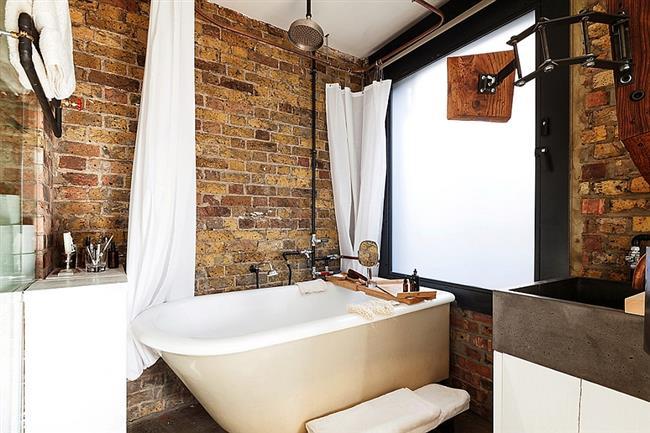 Реконструированная ванная комната небольшой квартиры на Арчер-Стрит.