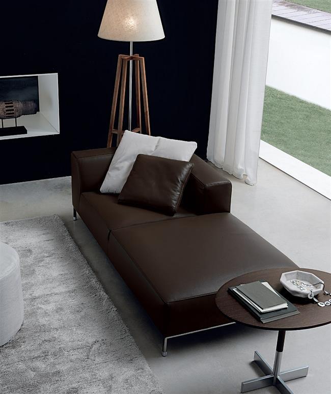 Уютный небольшой диван «Мартин».
