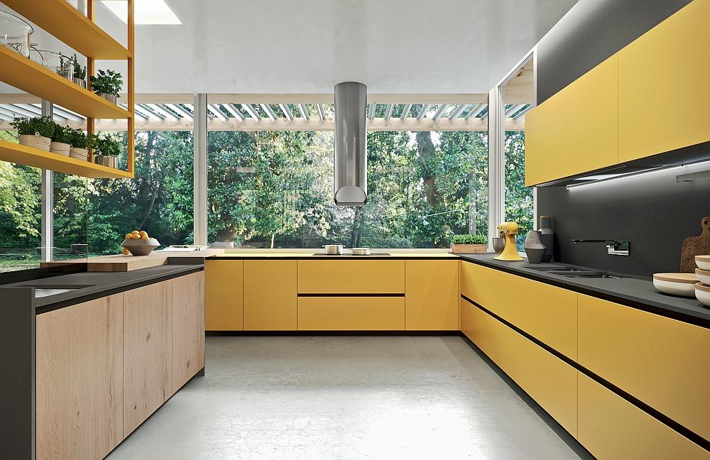 Яркая желтая кухня от Франко Друиззо.