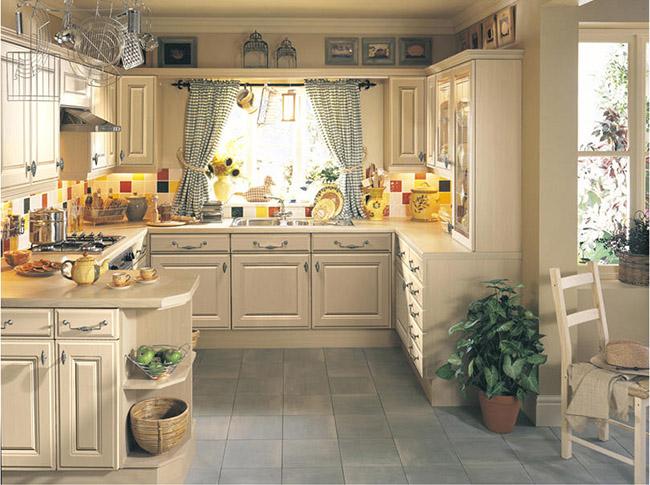 Ретро позволяет создать на кухне неповторимую атмосферу гостеприимства и уюта