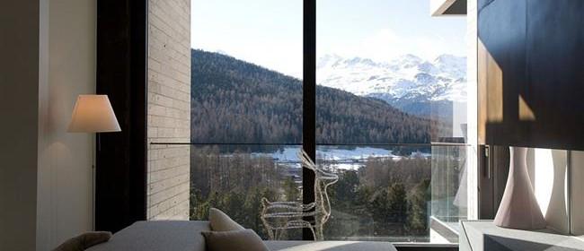 Роскошный загородный дом с видом на швейцарские Альпы