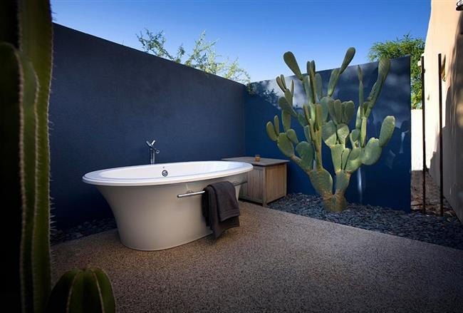 Ванная комната в средиземноморском стиле.