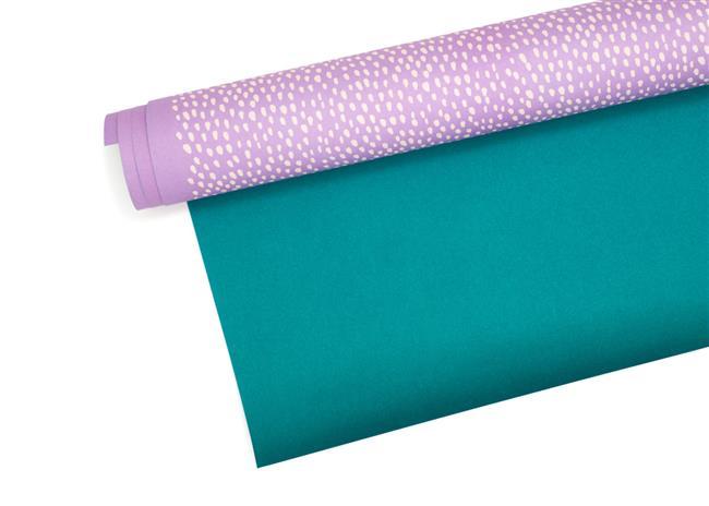 Фиолетово-белая упаковочная бумага для подарков.