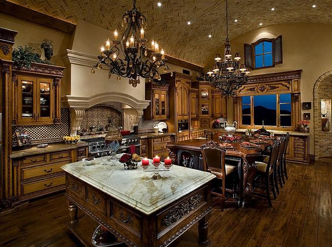 Кованые люстры в стильной кухне.
