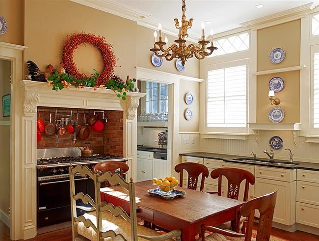 Новогодняя кухня в деревенском стиле.