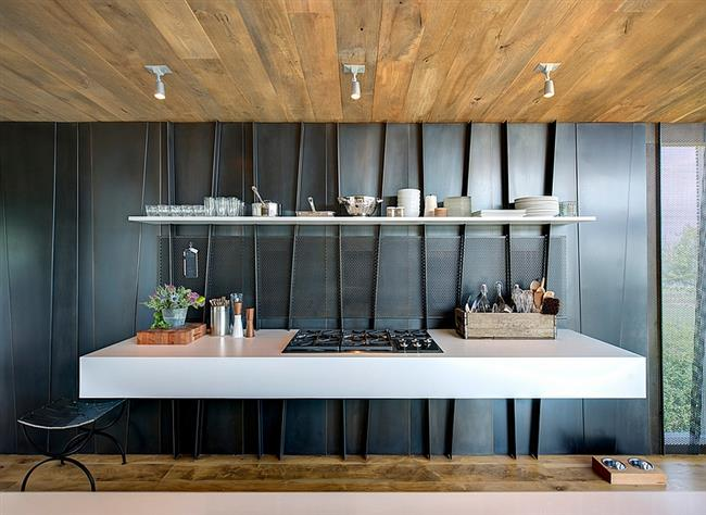 Стильный кухонный стол в минималистическом стиле.