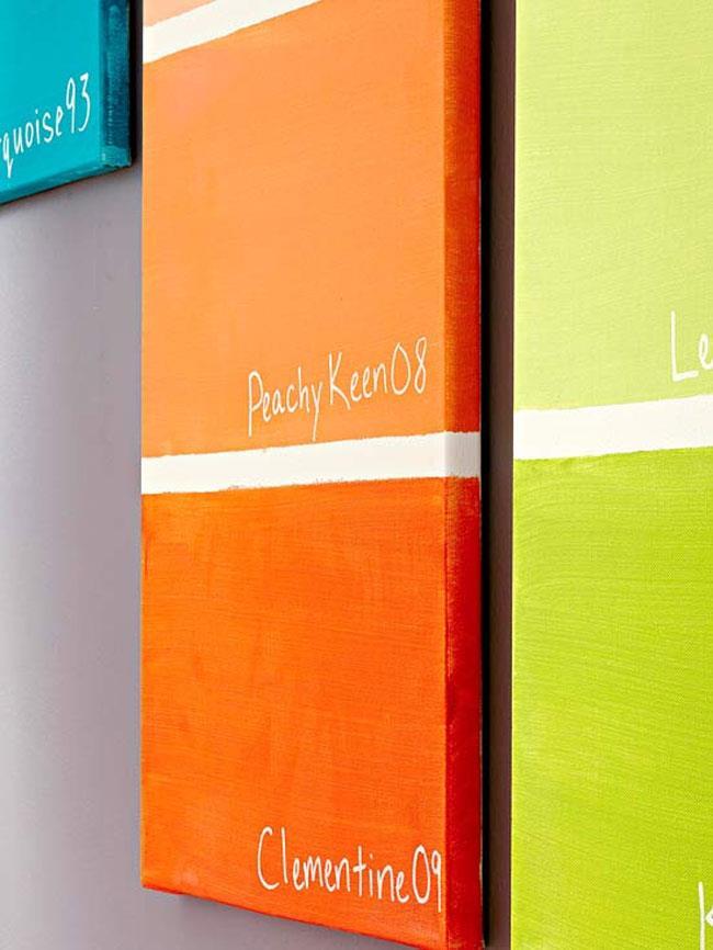 Аксессуары для украшения стен оранжевого и зеленого цветов.