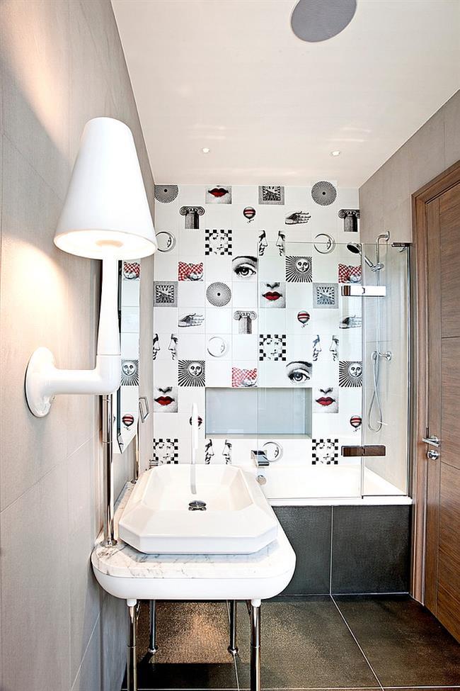Стильная плитка ванной комнаты с необычными рисунками.