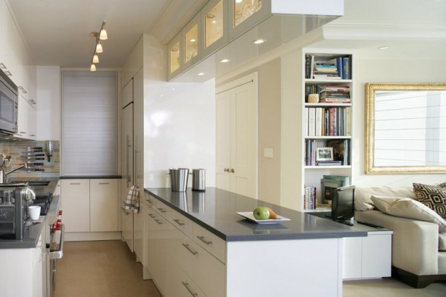 Объединение комнат - одно из лучших решений для узкой кухни