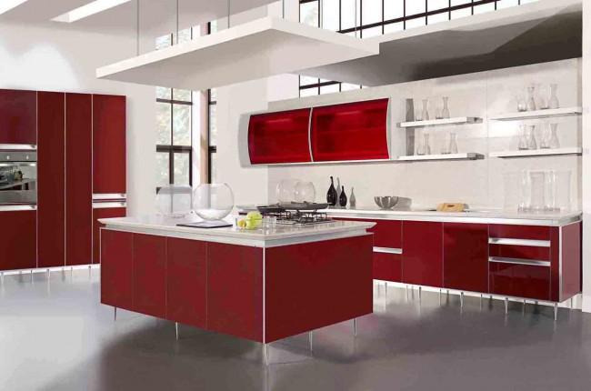 Сочетание яркого цвета со сдержанным - распространенное решение для современной кухни
