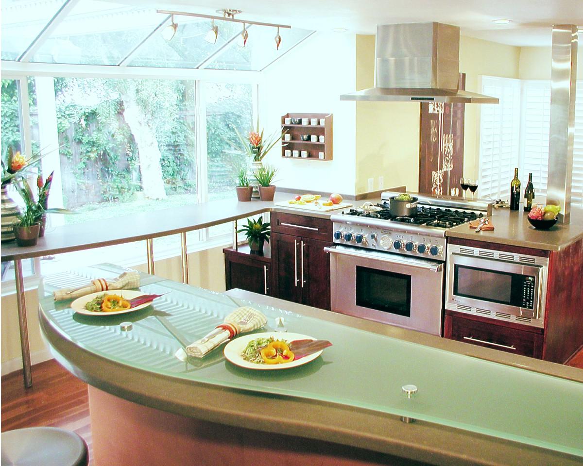При обустройстве кухни по фен-шуй важно соблюсти несколько простых правил