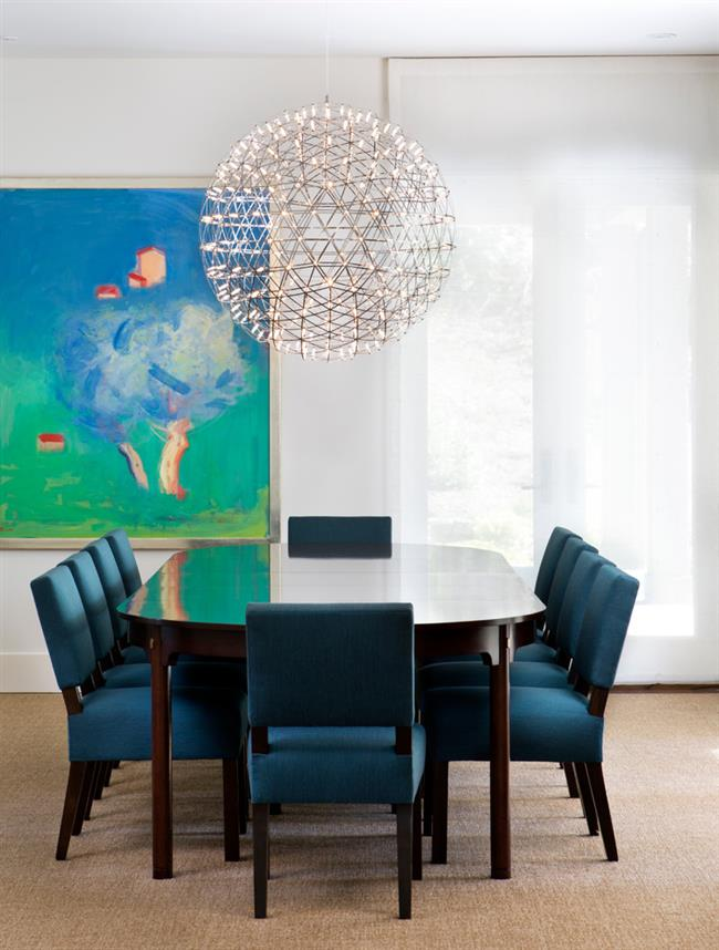 Светильник от Raimond Puts – отличное дополнение столовой.