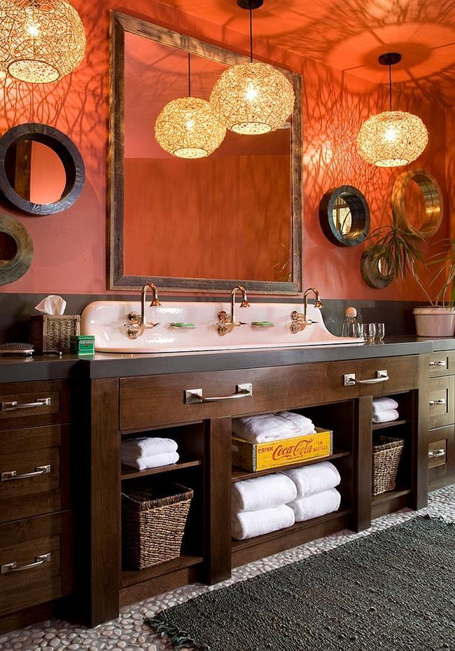 Ванная комната в оранжевом цвете.