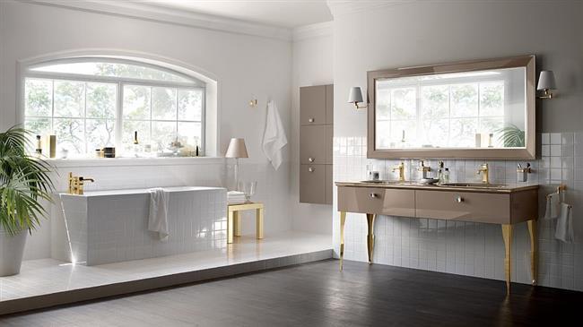 Ванная комната с элементами средиземноморского стиля.