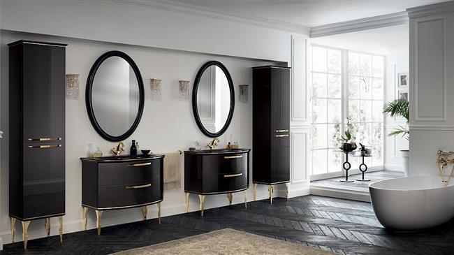 Итальянская ванная комната, объединяющая два помещения.