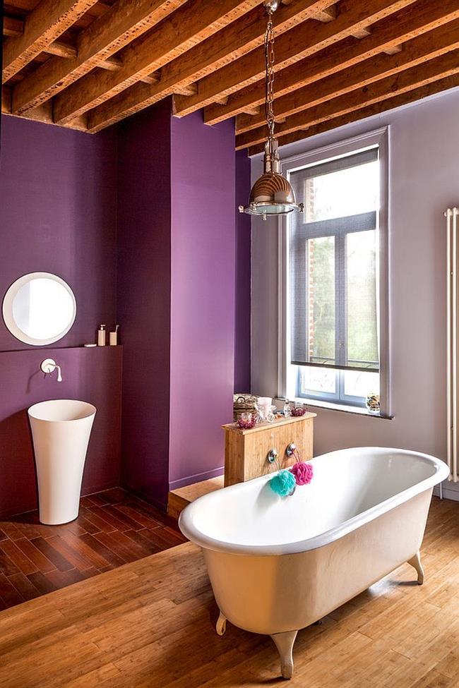 Сочетание фиолетового цвета с серым в интерьере.