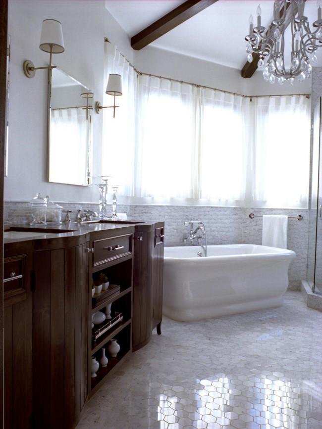 Мозаика в современной ванной.