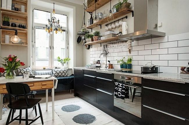 Черно-белая кухня в скандинавском направлении.