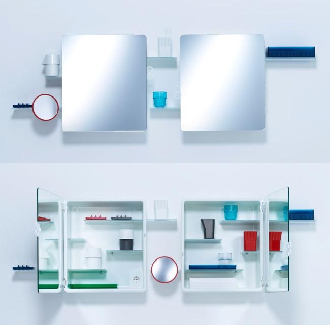 Зеркало со шкафом в минималистической ванной комнате.