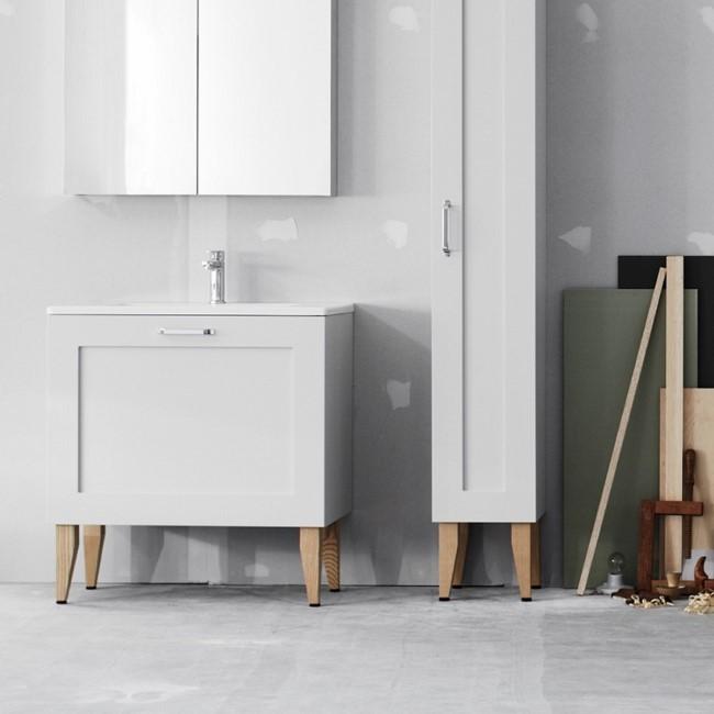 Светло-серый мебельный комплект в стиле минимализм.